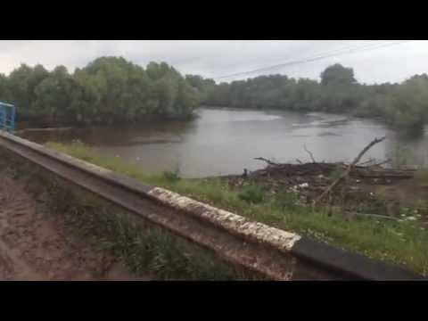 Дождливая дорога на рыбалку на щуку на реку Уй Омской области 10-12.07.2015 Pike attack