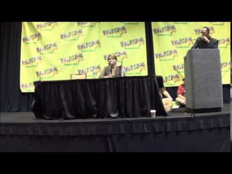 Linda Hamilton Sunday Panel @ Tampa Bay Comic Con 2015