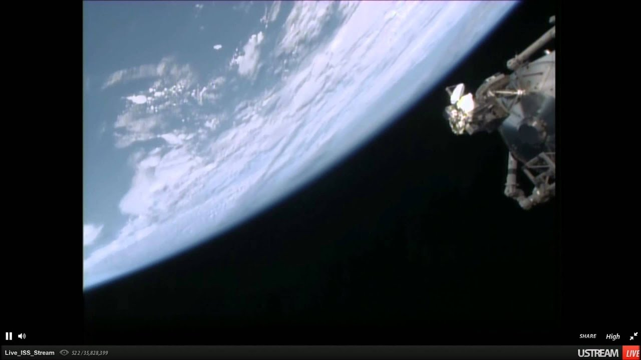 Possible Ufo Footage Nasa Space Station Cam 17 11 2014