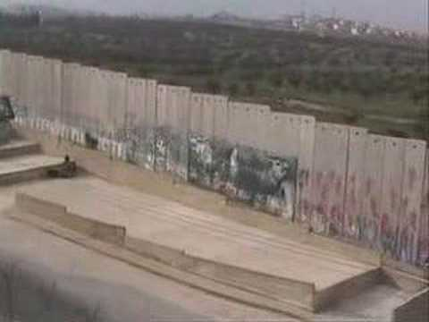 Bethlehem Christmas cancelled: The Wall must fall