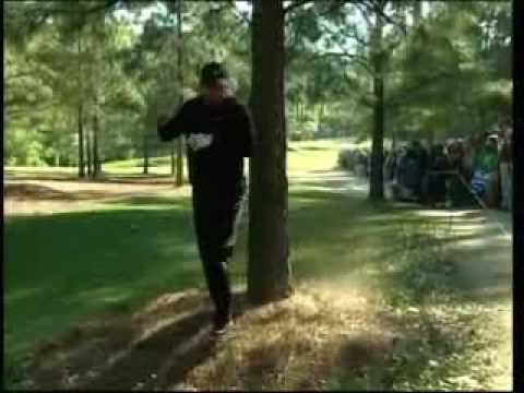 Tiger Woods breaks 4 iron at 2007 Masters