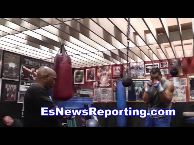 gabe rosao in camp for kirkland - EsNews boxing