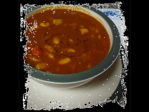 white bean and vegetable soup/ حساء الفاصوليا البيضاء و الخضار