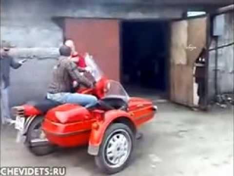 Rusya'da tamir sonrası motor kazası kamerada