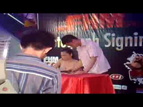 Diana Zubiri FHM Signing at Robinson