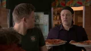 Lasse sievinen Pizza poikana - Salkkarit 2014