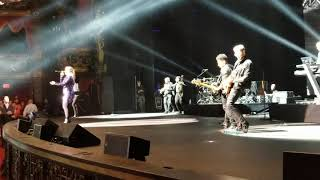 Kelly Clarkson - Since U Been Gone (Inspire Charity Event, Live in Las Vegas, NV 5/24/19) front row!
