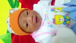 Hướng dẫn  thay tã cho trẻ sơ sinh tại nhà đúng cách ✩ Mẹ và Bé