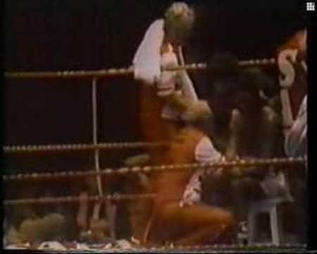 Carlos Monzon vs Rodrigo Valdez II Rounds 5 & 7 Video
