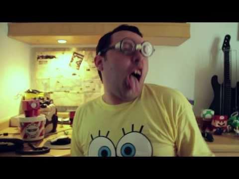 Bili O Nerd | Paródia Travie Mccoy - Billionaire video
