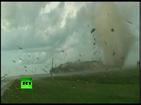 Tornado rips apart house in Minnesota