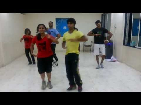 Balam pichkari Dance  by Dance floor studiO