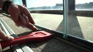 CLIP-IN installation - GLASSOLUTIONS Saint-Gobain