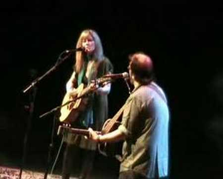 Steve Earle &amp; Allison Moorer - Days Aren't Long Enough