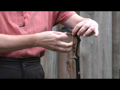 Trekking Poles: How to adjust and use straps