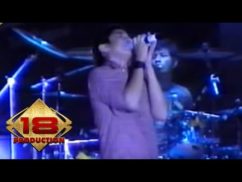Ungu - Jika Itu Yang Terbaik (Live Konser Bali 27 April 2006)