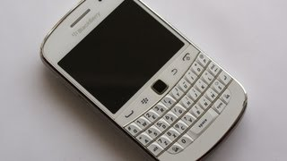 Unboxing Blackberry Bold 9900 White