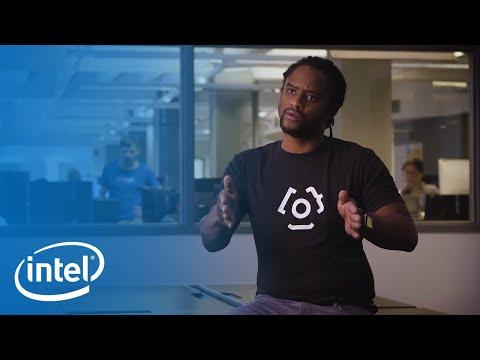 Intel® Xeon® Powers Clinc's Finie the Financial Genie | Intel Business