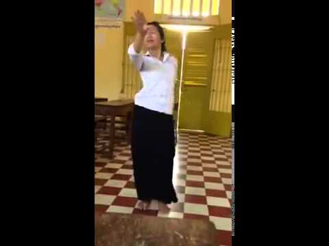 Sisowath Student Dance In Class video