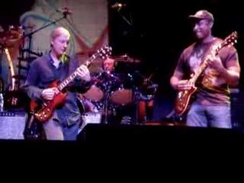 Allman Brothers w/ Bernie Williams 4-7-07 Beacon Theater