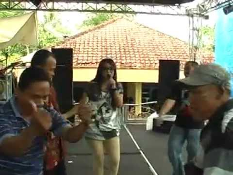 Diana Sastra - Wes Cukup Dosae (Official)