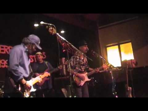 Papa George/Bobby Tench (BarnesBluesBand) Cold Shot Part 2