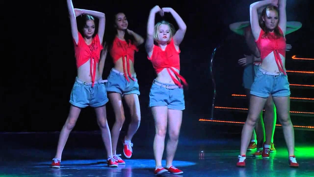 Летний отчетный концерт студи DIVA в Гигант-холле 08.06.2014 года. Видео Джаз-фанк.