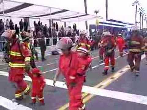 bomberos peru Desfile Garibaldi 6 29 de junio