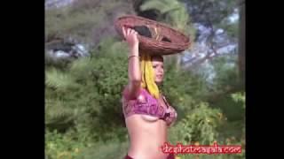 Zeenat Aman Very Hot Video