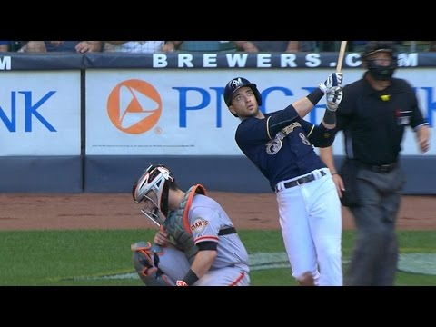 Braun sends two-run moonshot over the seats