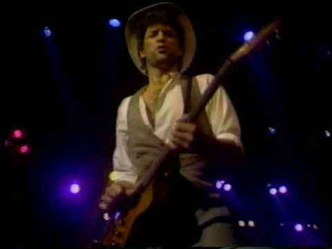 Fleetwood Mac/Lindsey Buckingham ~ I'm So Afraid ~ Live 1982 Video