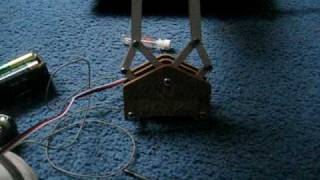 My robotic standard servo gripper