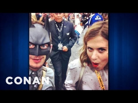 Elijah Wood Hits Comic-Con, Hides Ring Of Power - CONAN on TBS