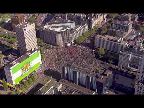 Vanuit de lucht: Feyenoord kampioen!