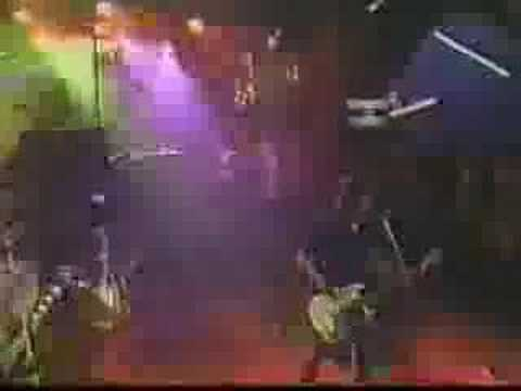 Monkey Wrech live on '96 Music show Foo Fighters