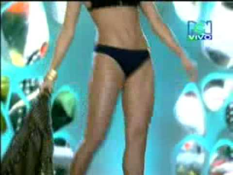 Espectacular desfile en traje de baño señorita Colombia