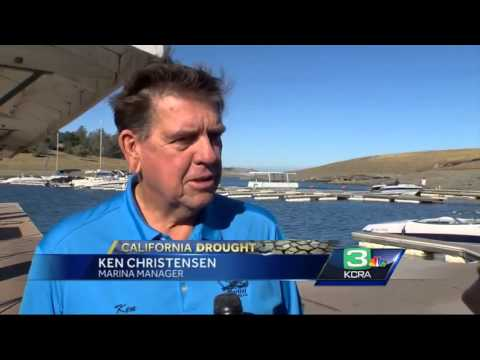California Drought: Boat owners pull boats from Folsom Lake marinas