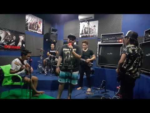 Junk mayun tresna=arta feat roler band