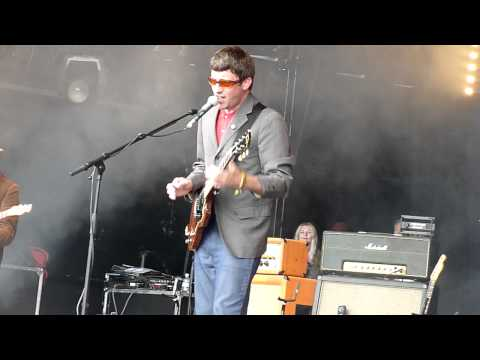 I can't look at your skin by Graham Coxon on Park Stage @ Glastonbury 2011