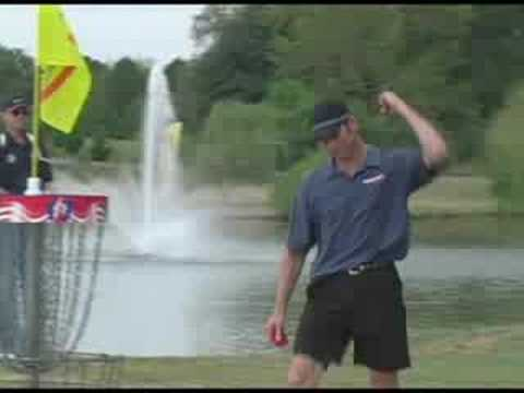 Ken Climo owns #17 Winthrop Gold at the 07 USDGC