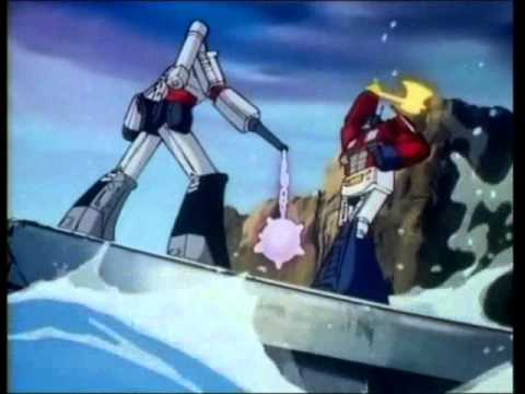 optimus prime v/s megatron.wmv
