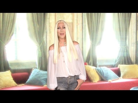 Cher Tweets with Chad Michaels - High Waisted Jeans & Idols