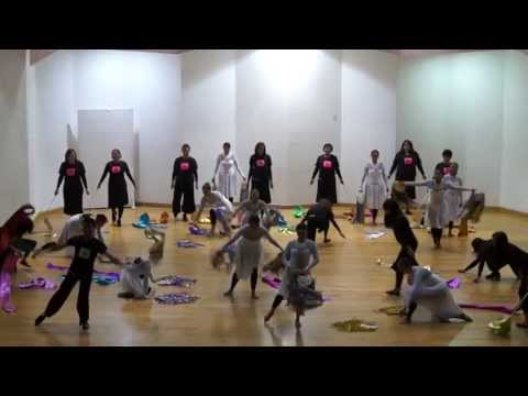 Te amo, opening. Alumnos de Academia Profesional de Danza y Artes Creativas