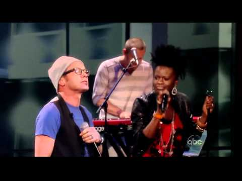 Tobymac - Get Back Up (2010) (live On The View 04-20-2012) [hd] video