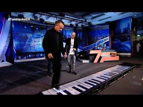 El Hormiguero - Tom Hanks toca el piano de 'Big' con Jandro y Pablo Motos