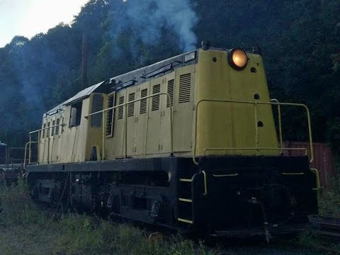 Sights and Sounds - Whitcomb 65 Tonner Diesel Locomotive #9 On The Move
