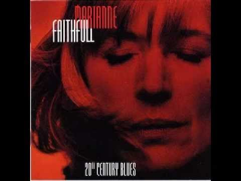 Marianne Faithfull - Falling In Love Again
