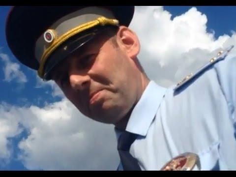 Ивановский парень уделал московских гаишников  Прикол