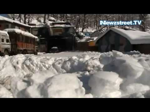 Jammu-Srinagar NH remained closed to traffic on third day