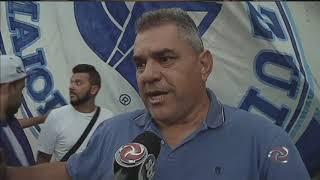 Cruzeirenses protestam contra diretoria